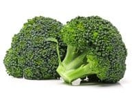 zwei Stücken grüner Brokkoli