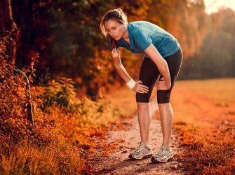 Laktat alias Milchsäure lässt Deine Muskeln übersäuern.