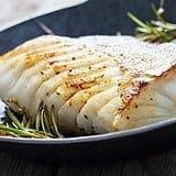 Gebratener Fisch in Pfanne